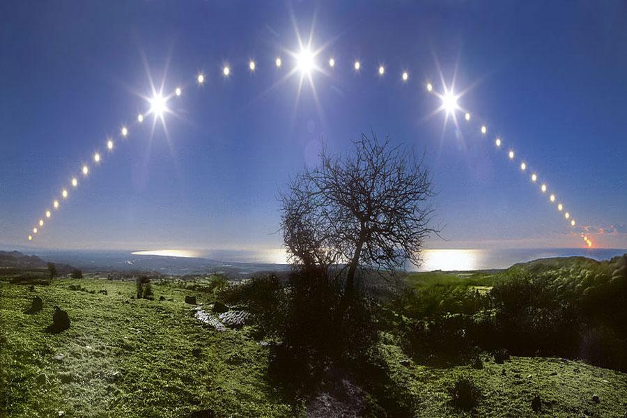 Mar Tirreno y cielo del solsticio
