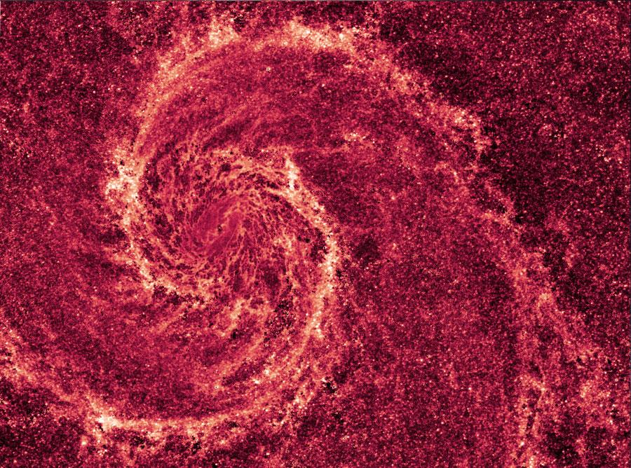 La Galaxia del Remolino en Polvo Infrarrojo