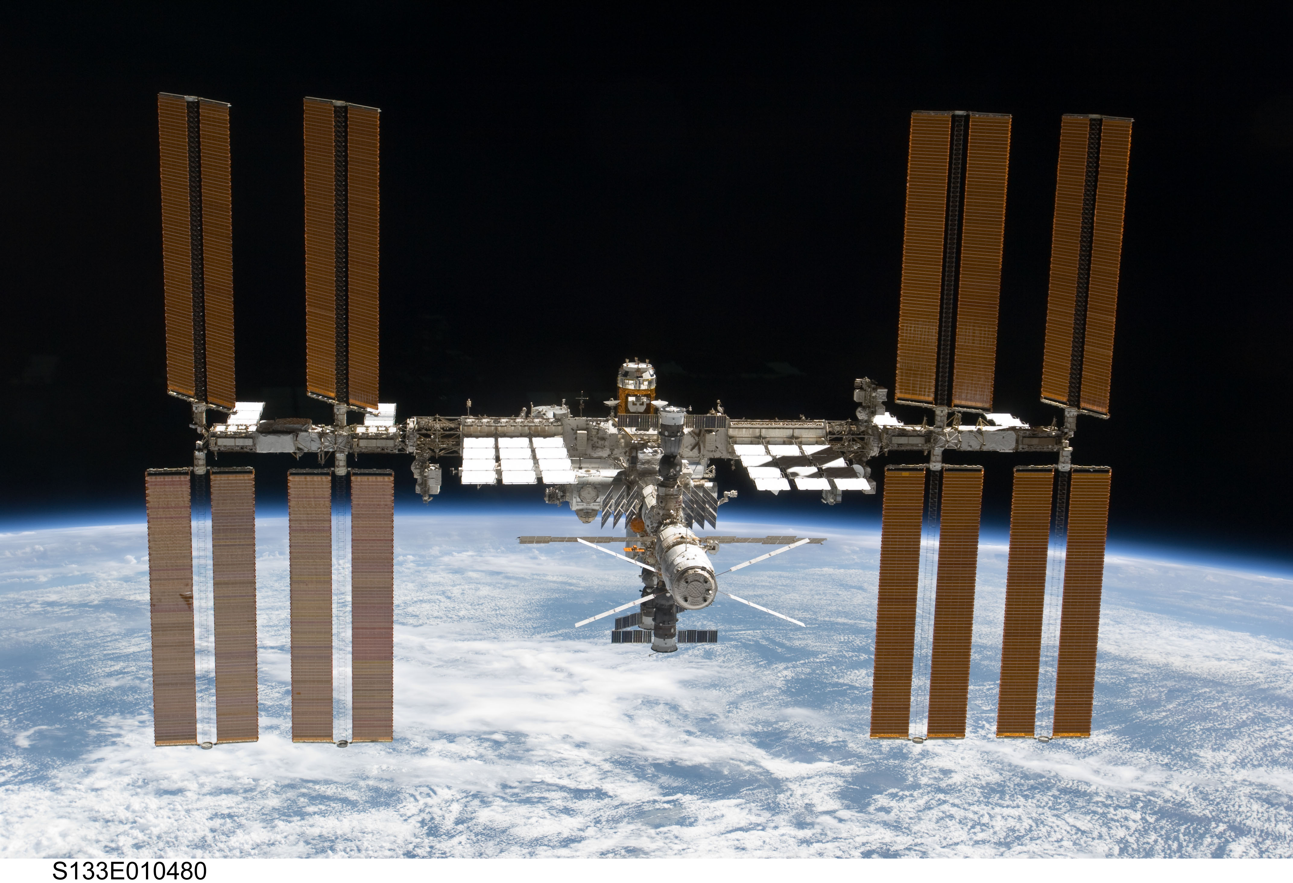 us shuttle joins russian space station - photo #27