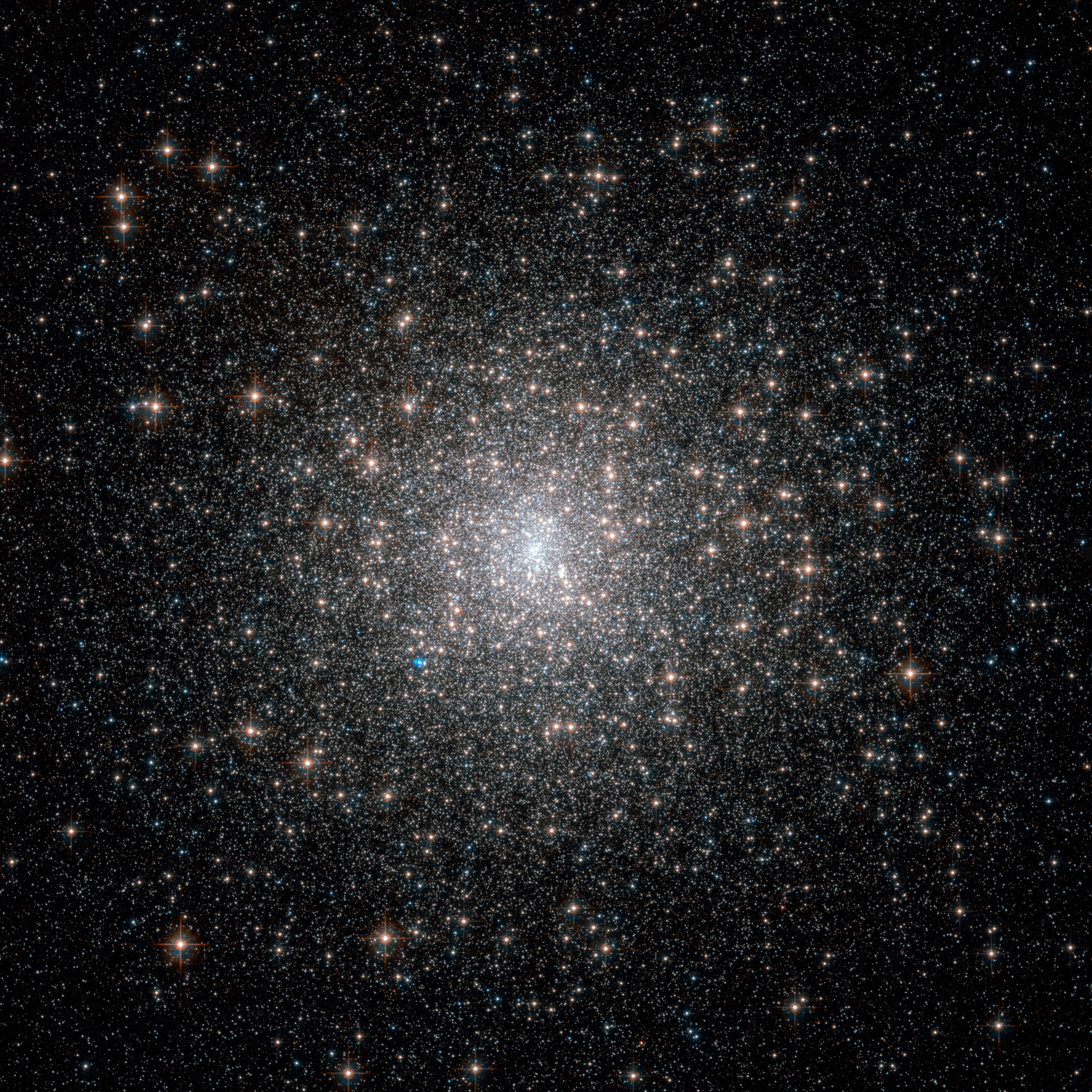 APOD: 2011 May 3 - Globular Cluster M15 from Hubble