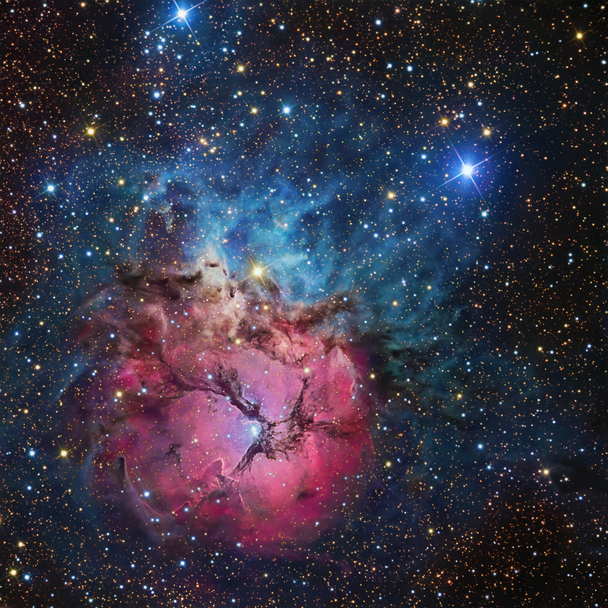 APOD: 2011 May 13 - A Beautiful Trifid