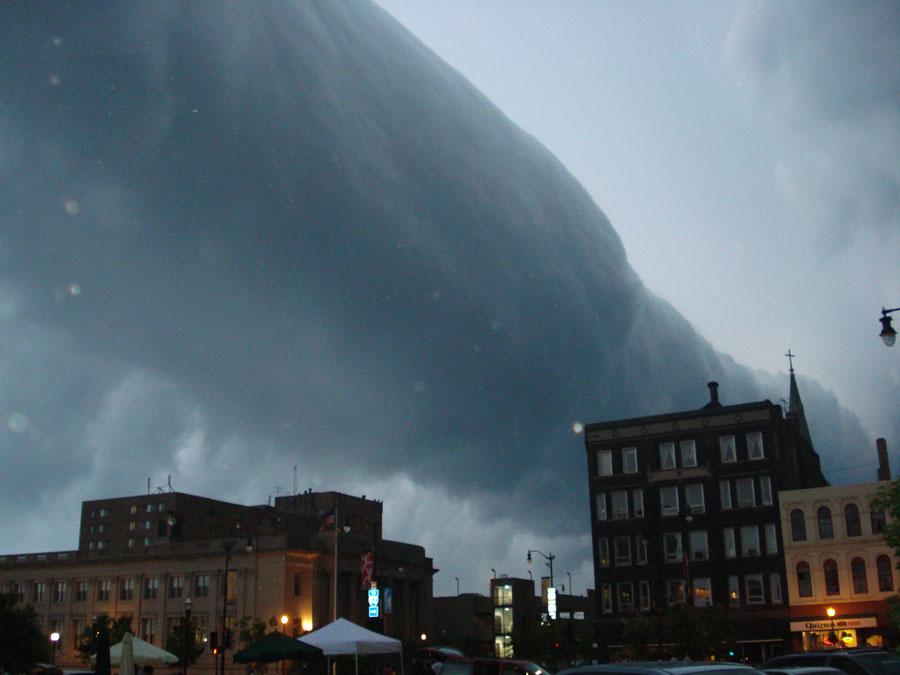 Nube rodillo sobre Wisconsin