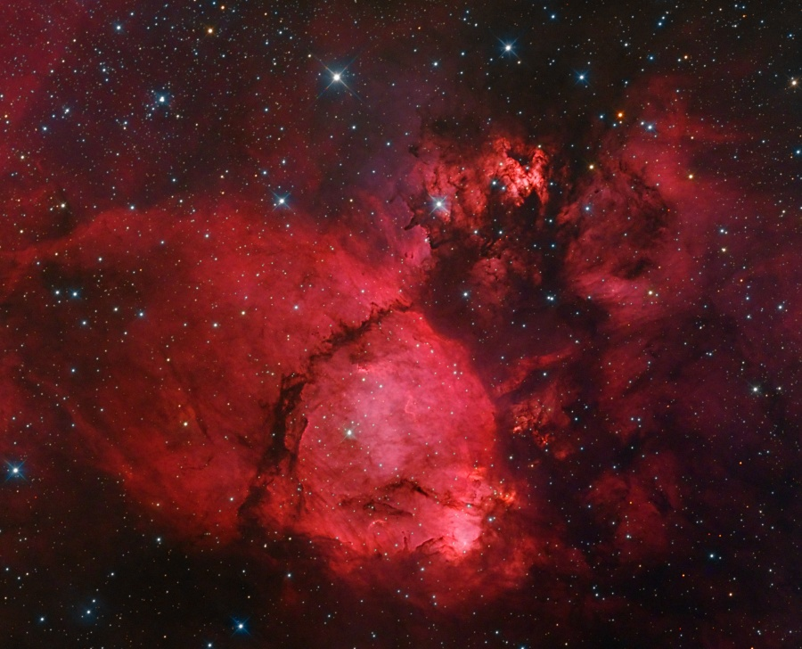 El color de IC 1795