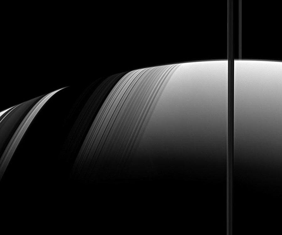 Saturno: sombras de un reloj de Sol estacional