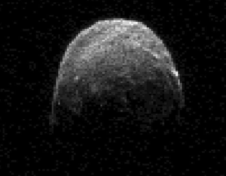 El asteroide 2005 YU55 pasa por delante de la Tierra