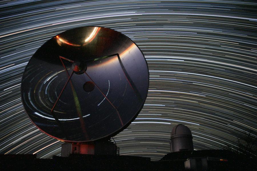 La Silla rastrea las estrellas del norte y del sur