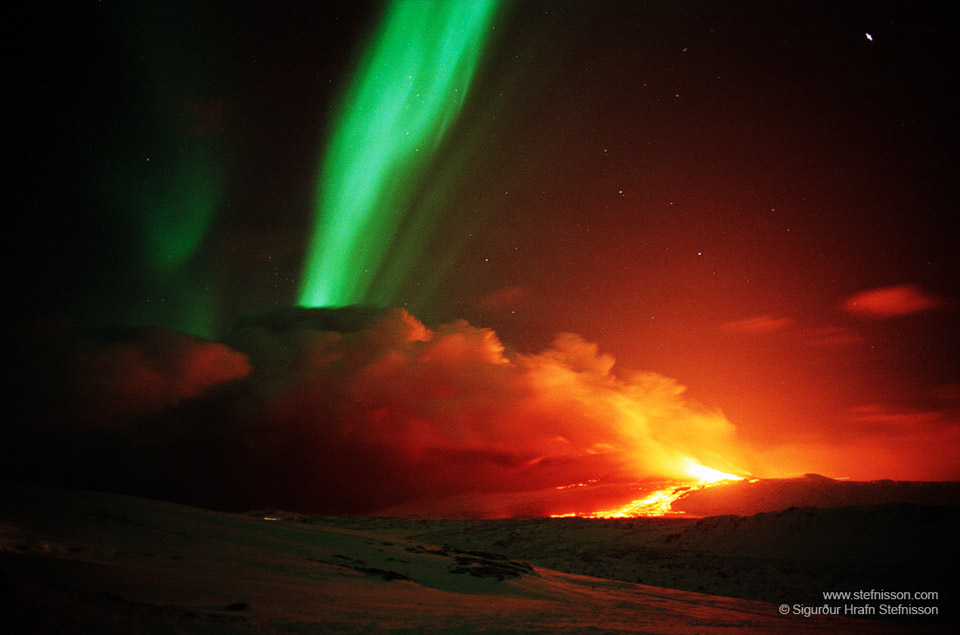 APOD: 2012 July 8 - Volcano and Aurora in Iceland