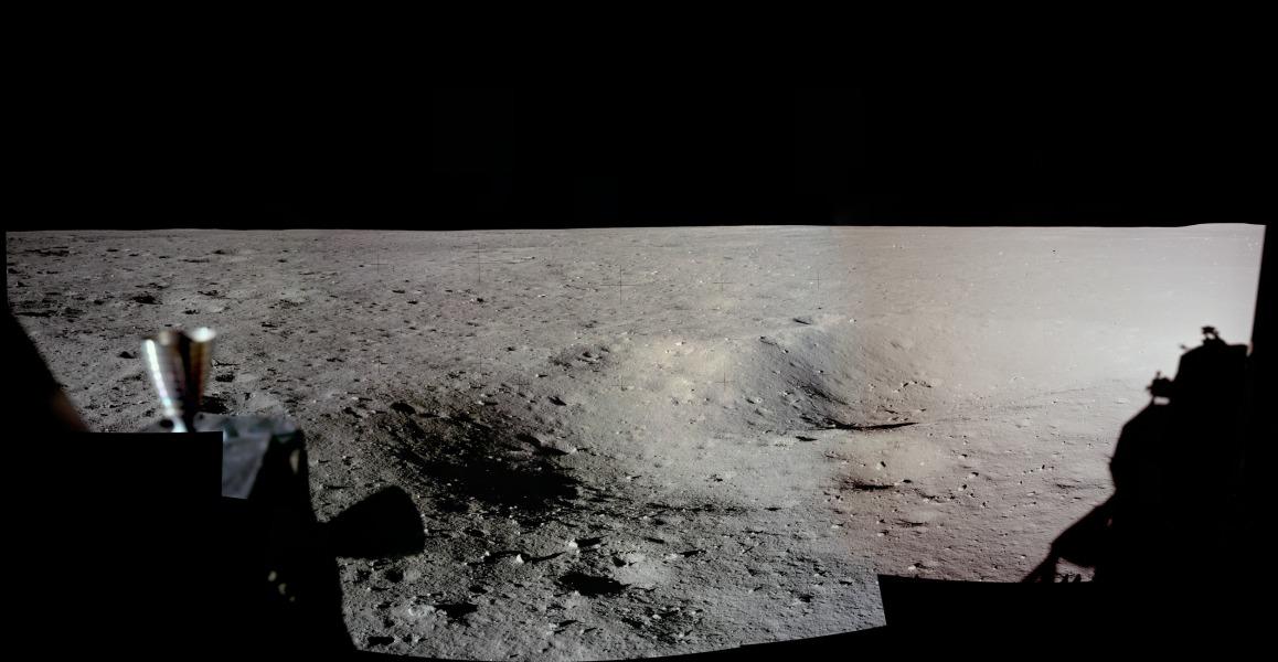 Panorama del lugar de aterrizaje del Apollo 11