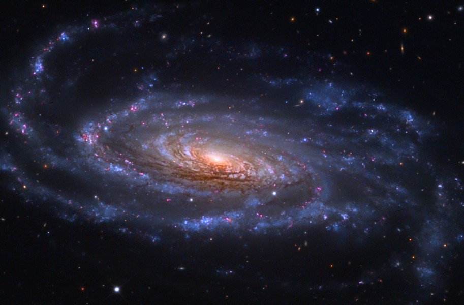 Spirální galaxie NGC 5033