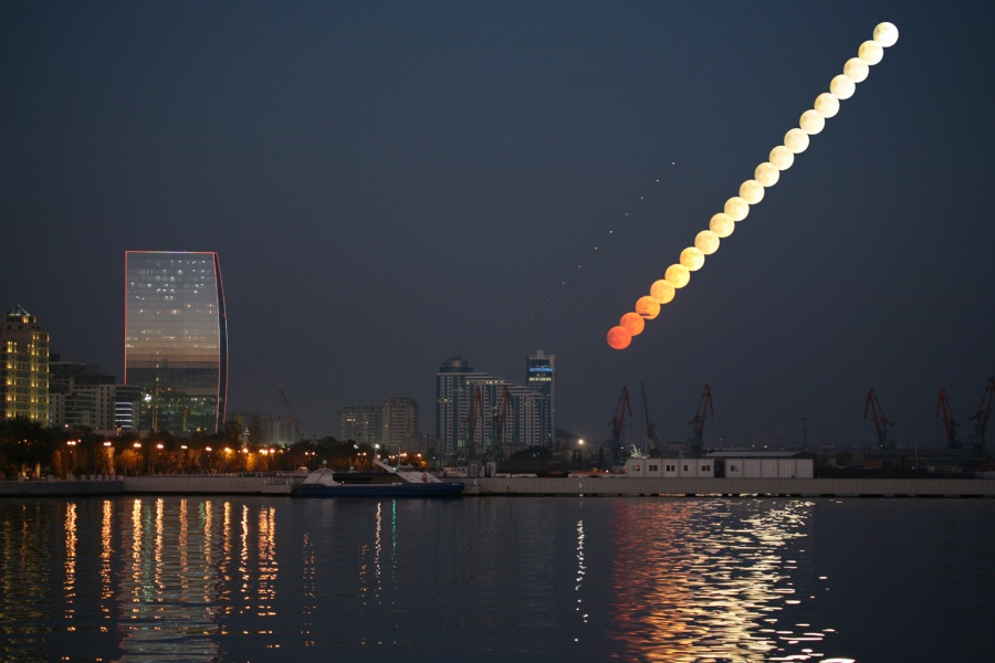 Salida de la Luna en Bakú
