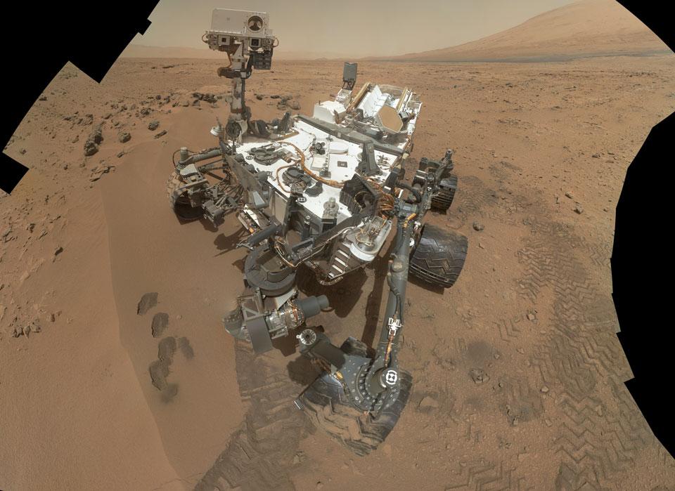 El rover Curiosity en Rocknest (Marte)
