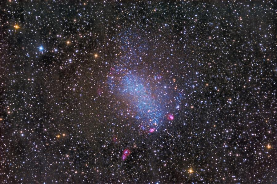 NGC 6822: la galaxia de Barnard