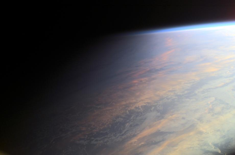 La Tierra en el crepúsculo