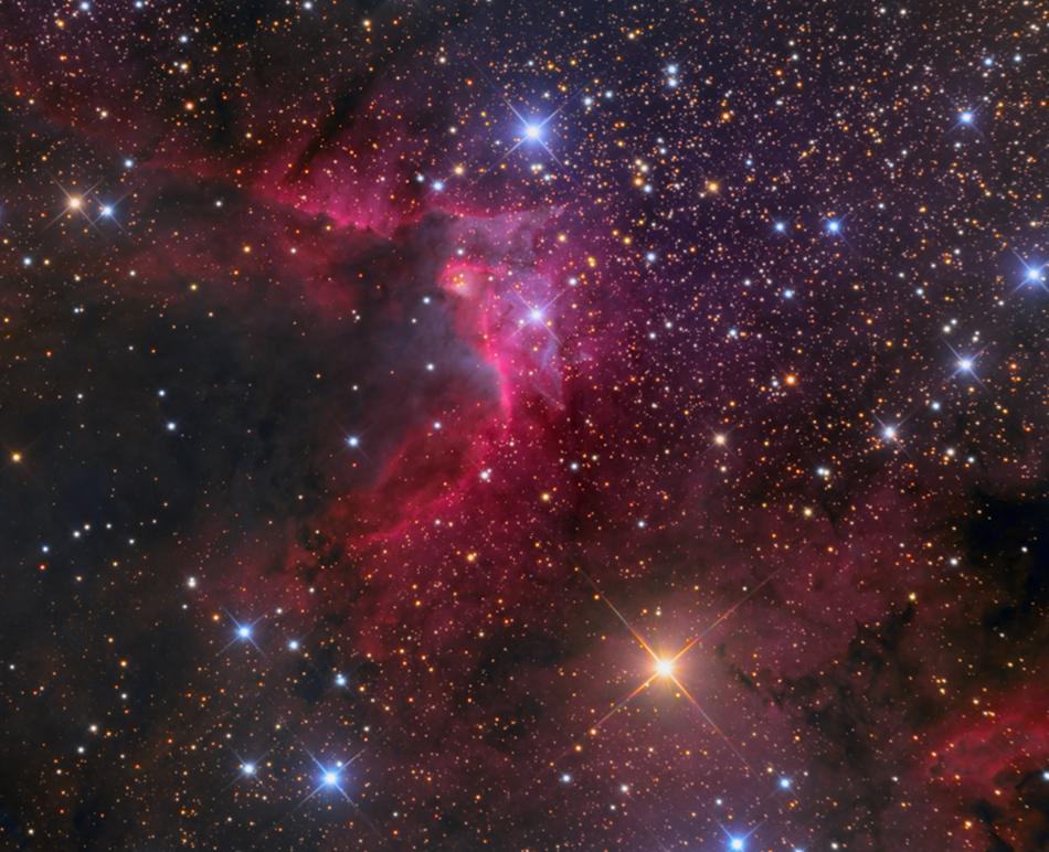 SH2-155: la nebulosa de la Cueva