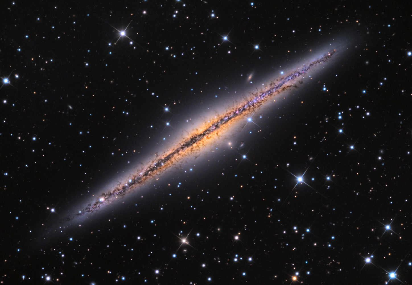 APOD: 2013 October 11 - NGC 891 Edge On