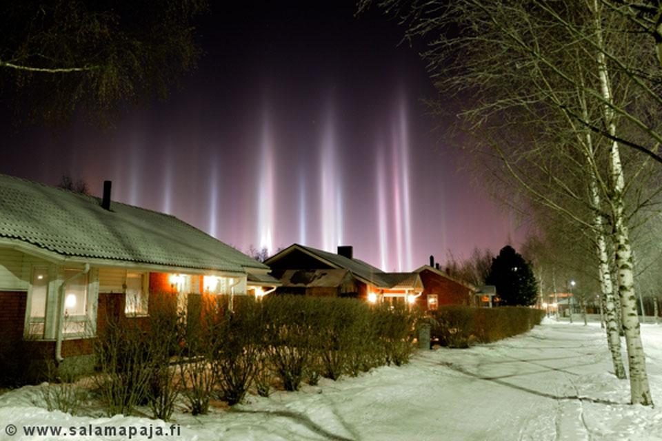 Pilares de luz sobre Finlandia