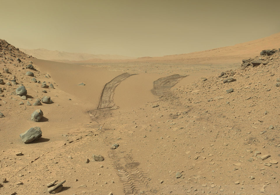 Cruzando Dingo Gap en Marte