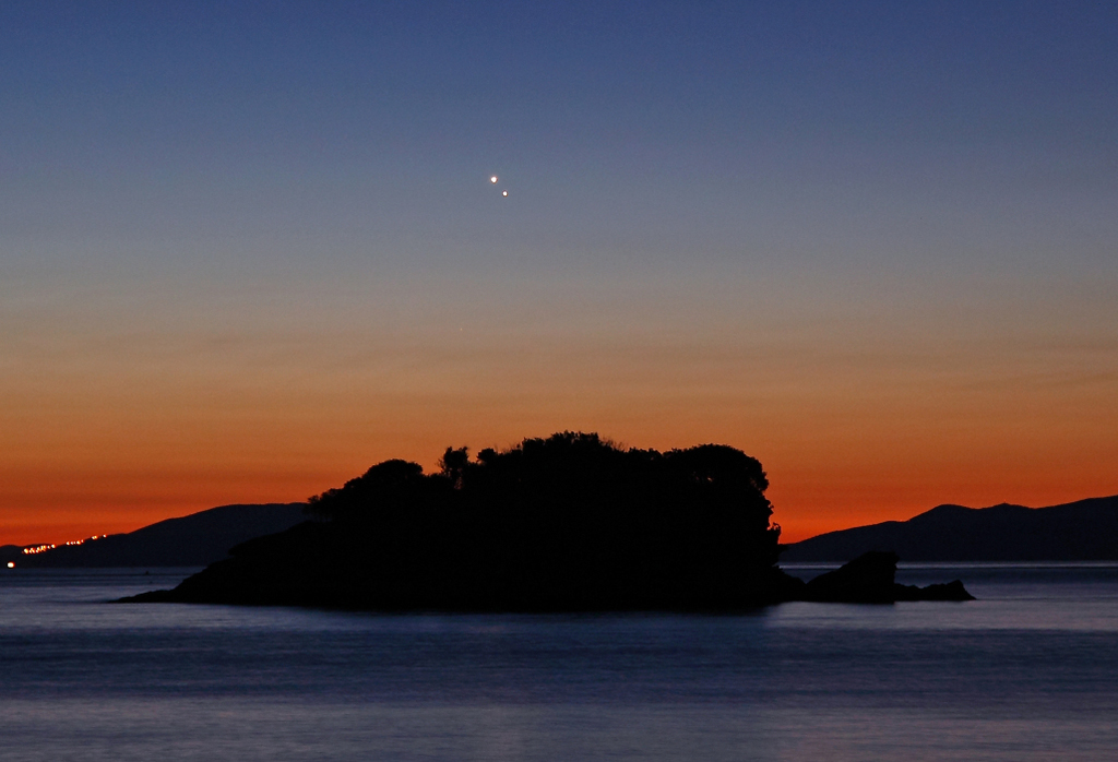 Venus y Júpiter al amanecer