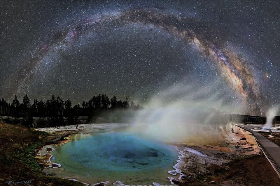 La Vía Láctea sobre Yellowstone