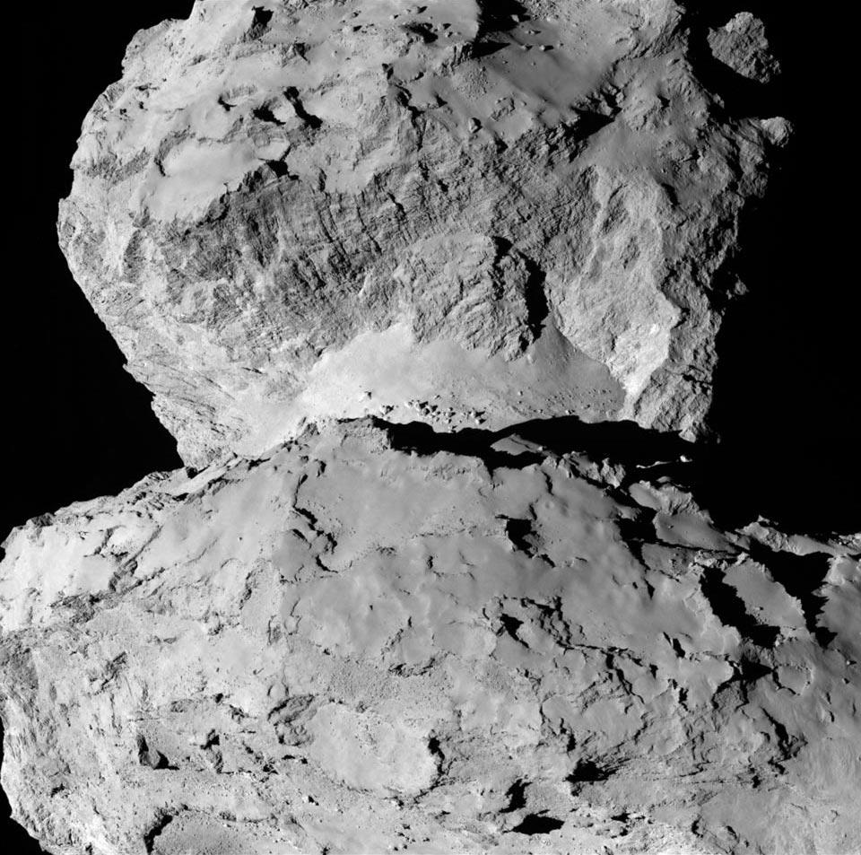 Contrastando los terrenos del cometa Churyumov-Gerasimenko