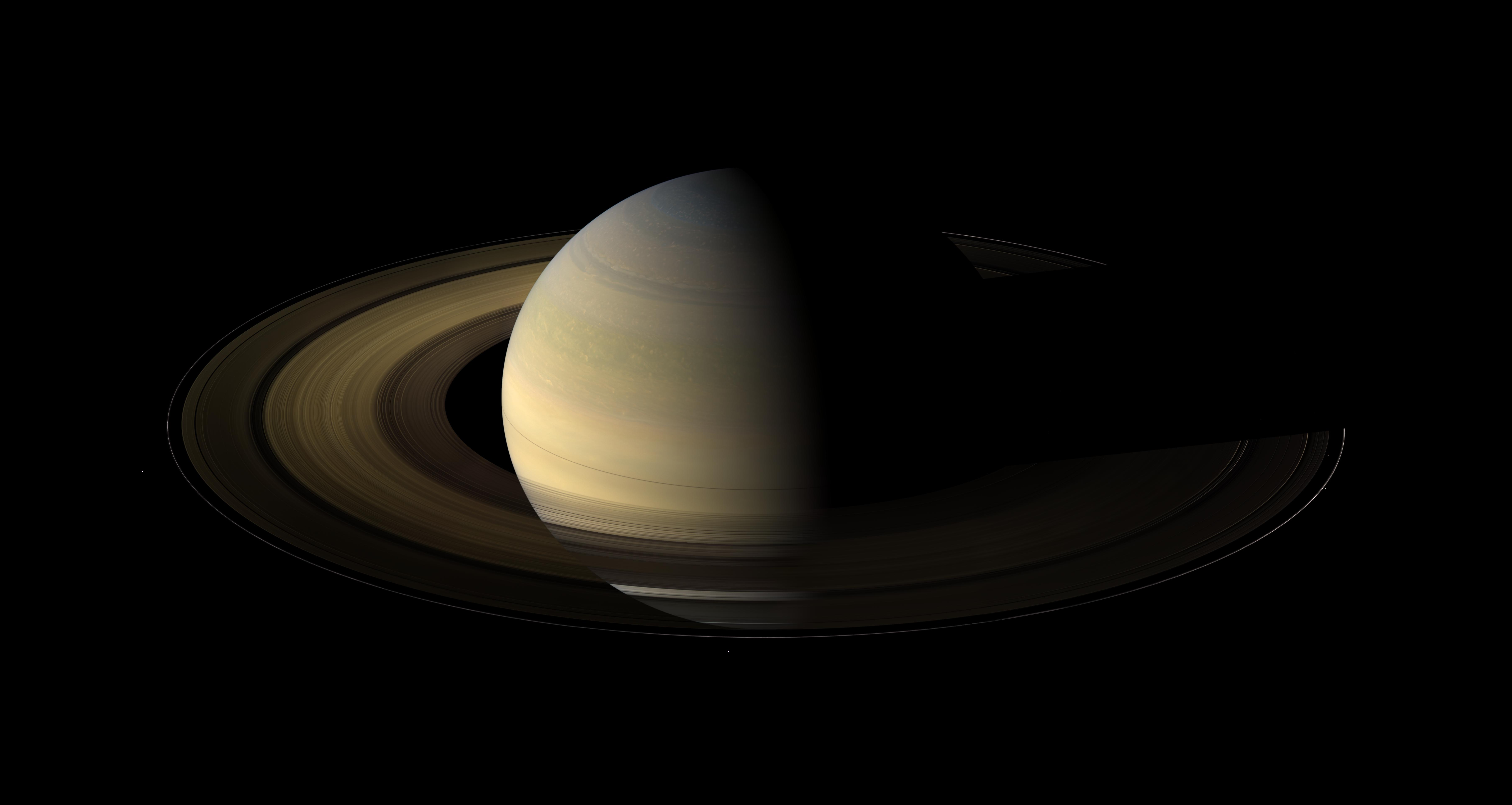 APOD: 2014 September 21 - Saturn at Equinox