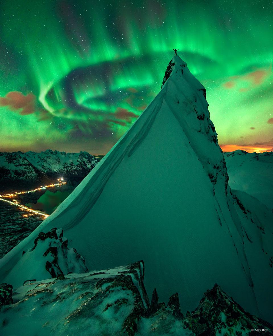 En compañía verde: aurora sobre Noruega