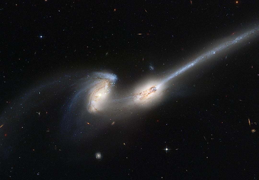 NGC 4676: cuando chocan los Ratones
