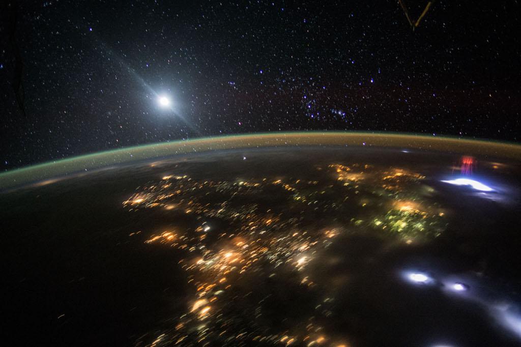 Espectros desde el espacio