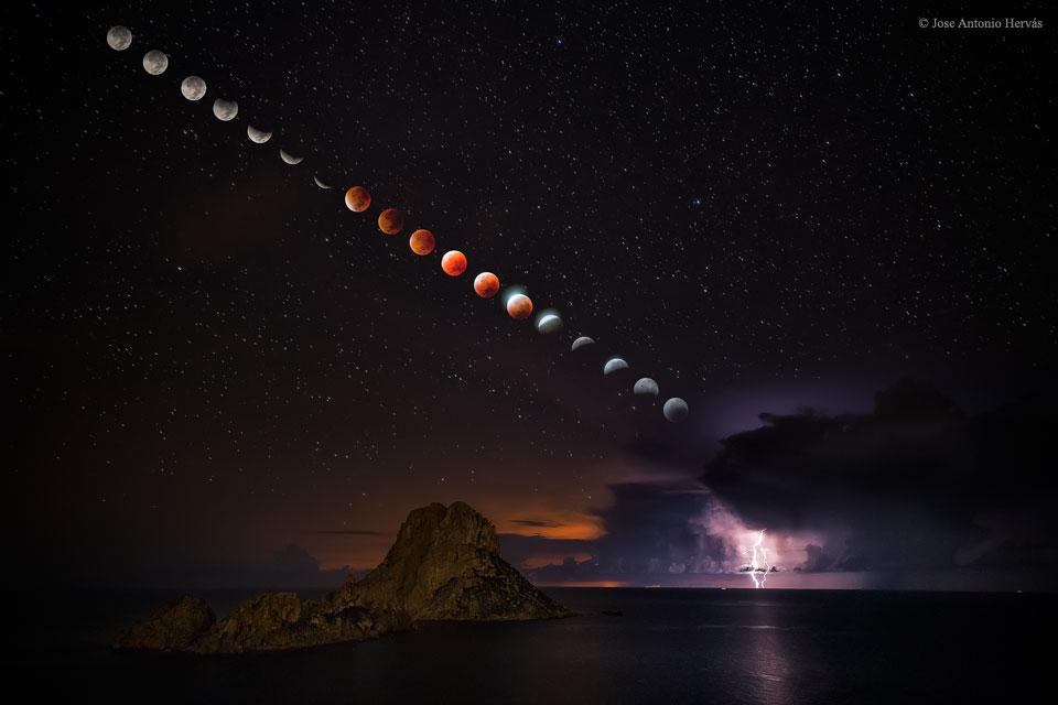 Eclipse total de súperluna y tormenta eléctrica