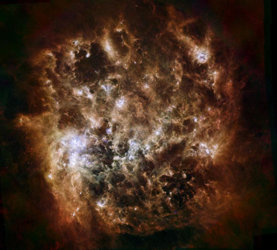 Retrato infrarrojo de la Gran Nube de Magallanes