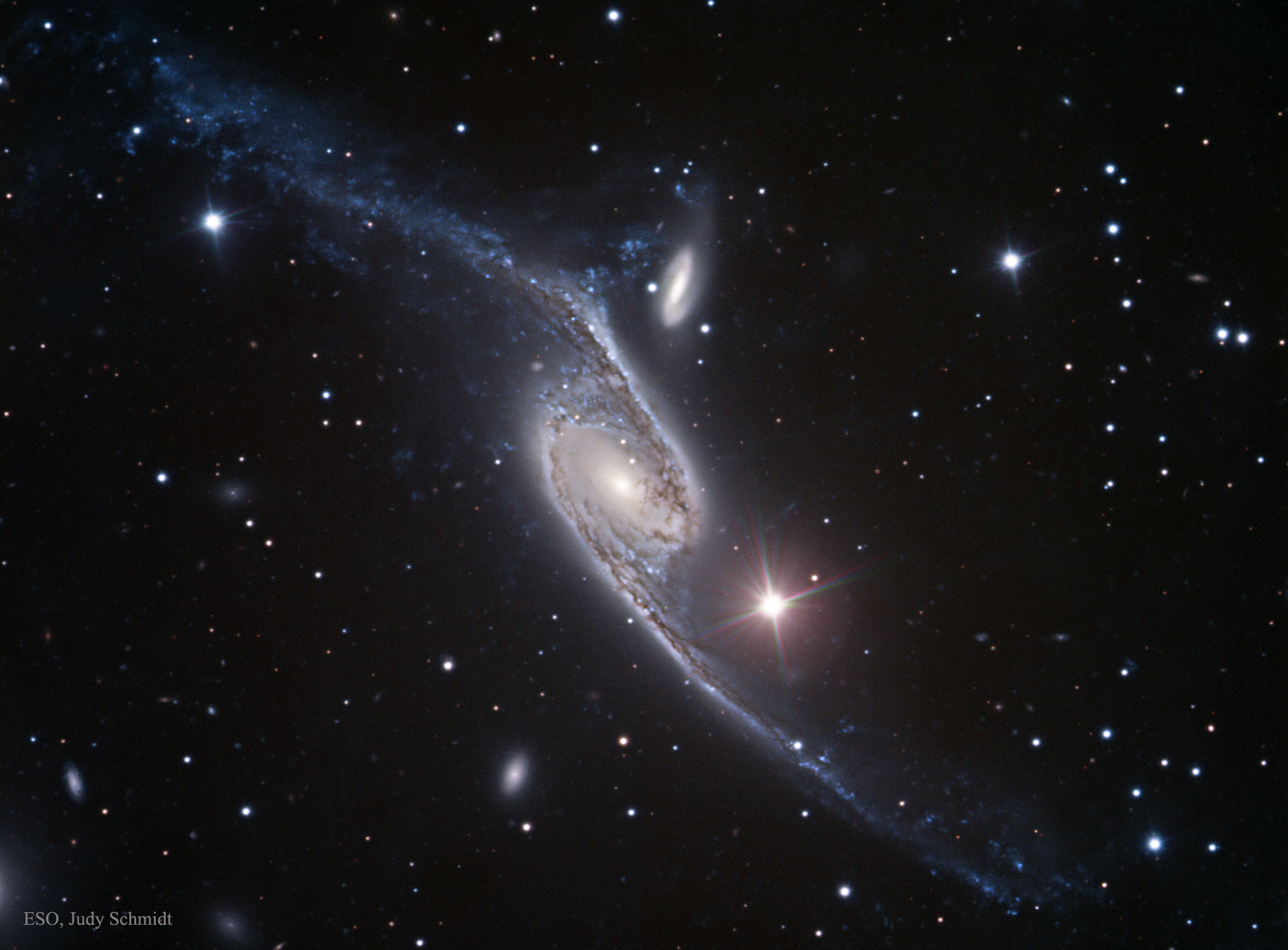 APOD: 2016 April 26 - NGC 6872: A Stretched Spiral Galaxy