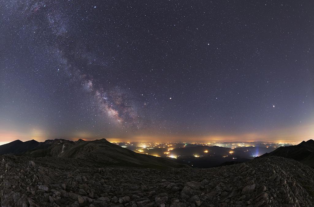 Planetas de verano y Vía Láctea