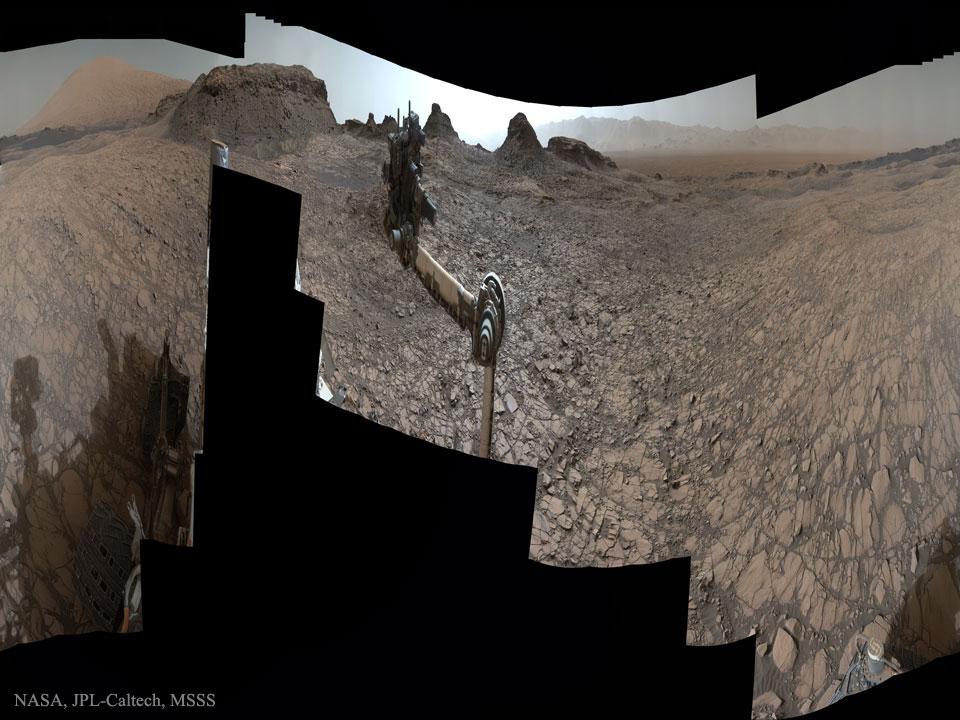 El Curiosity en las Colinas Murray de Marte