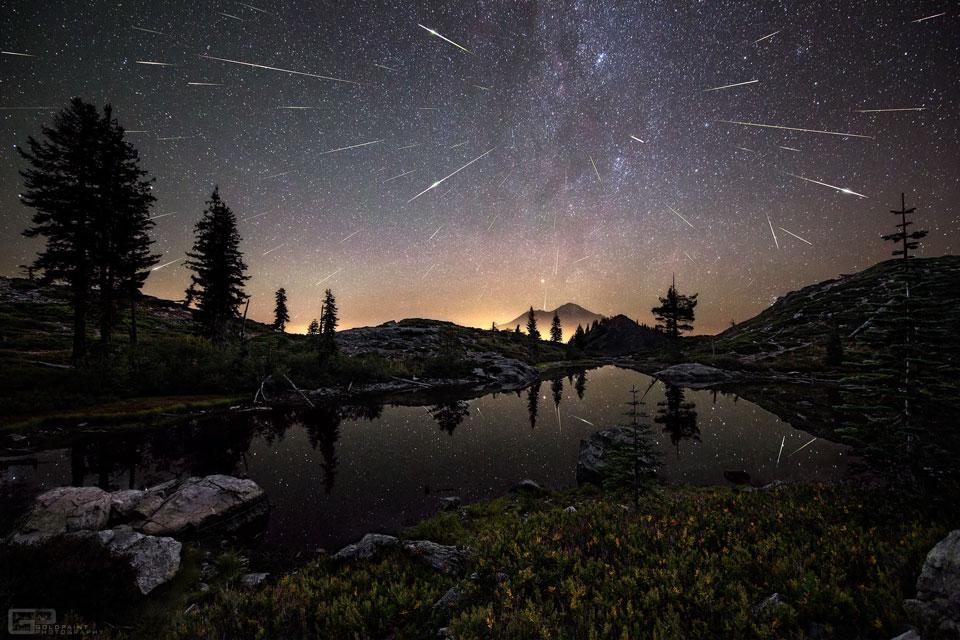 Las Perseidas sobre el Monte Shasta