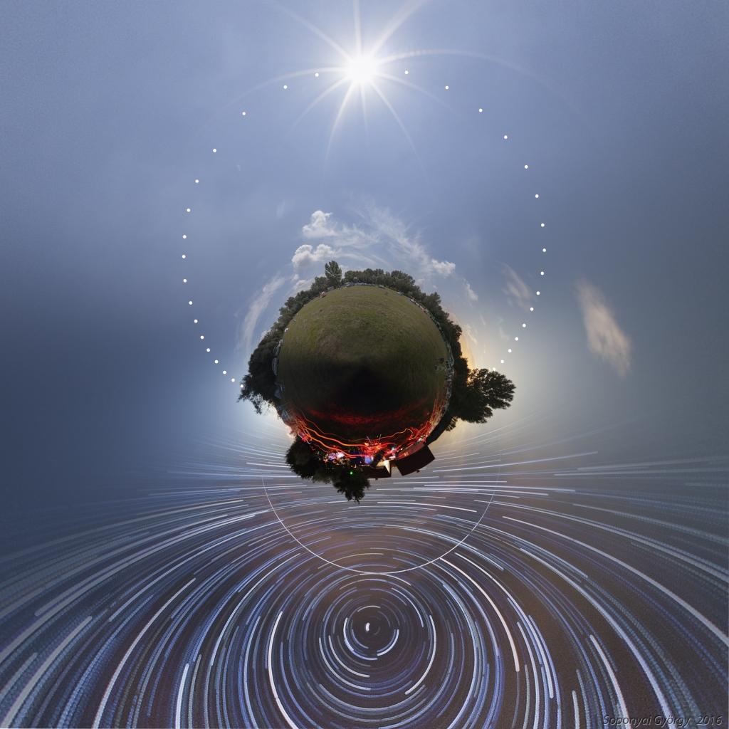 Pequeño planeta de una acampada astronómica