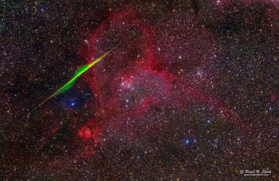 Meteoro espiral en la nebulosa del Corazón