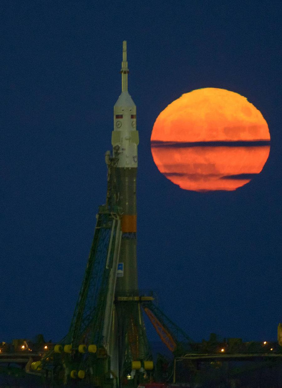 Soyuz vs Superluna