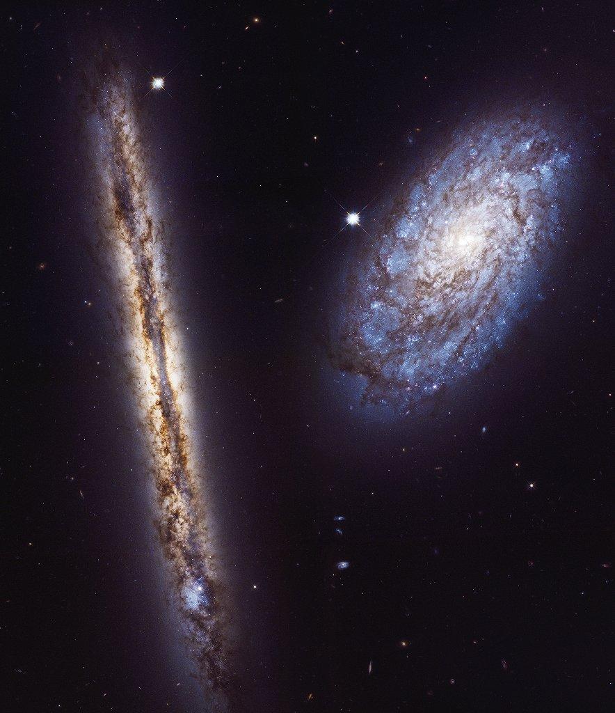 NGC 4302 y NGC 4298