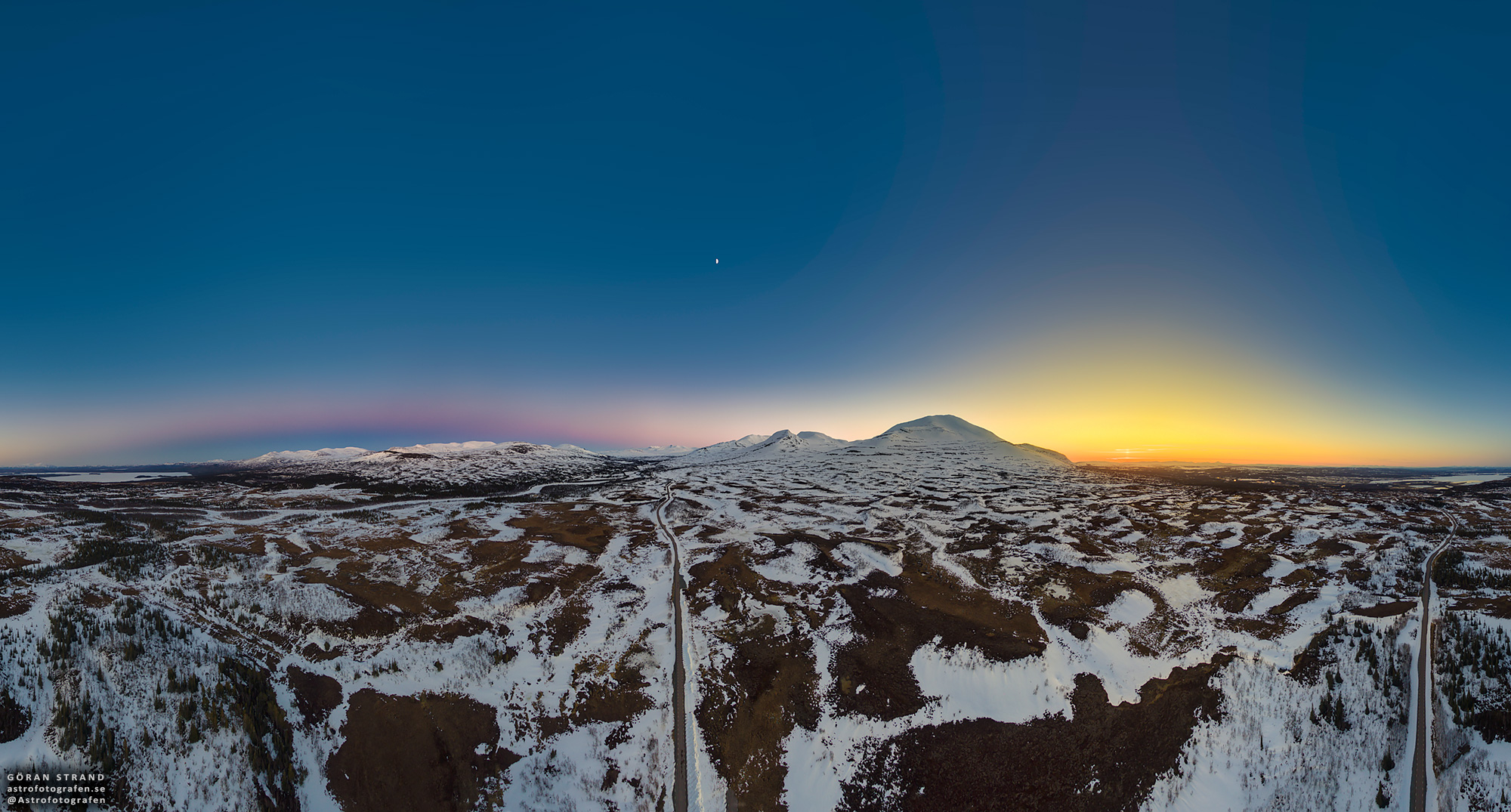 [ASTRONOMIA]   Shadowrise and Sunset