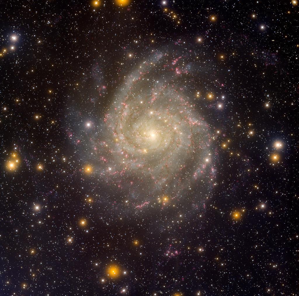 Galaxia oculta IC 342