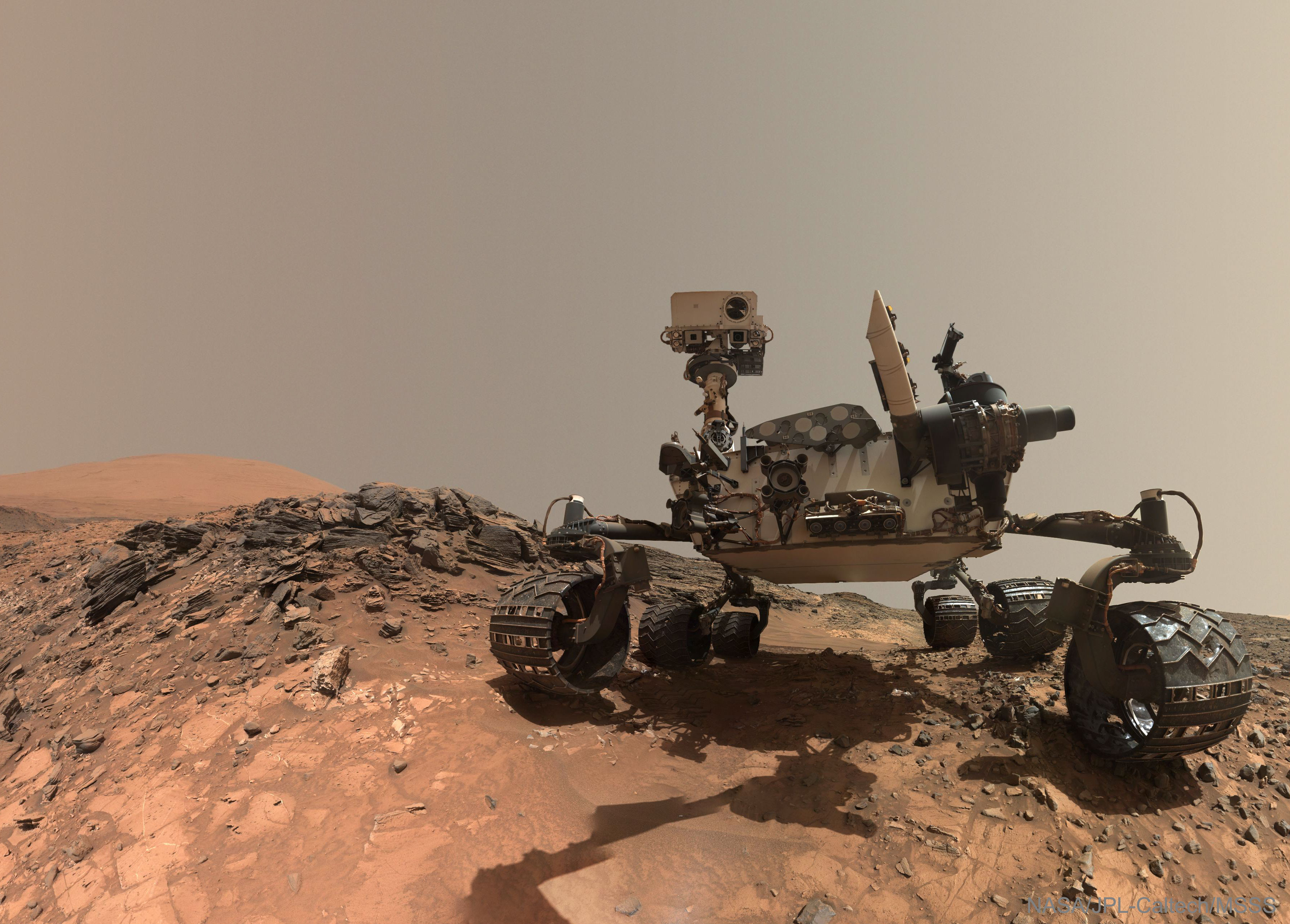 [ASTRONOMIA]   Curiosity Rover Takes Selfie on Mars