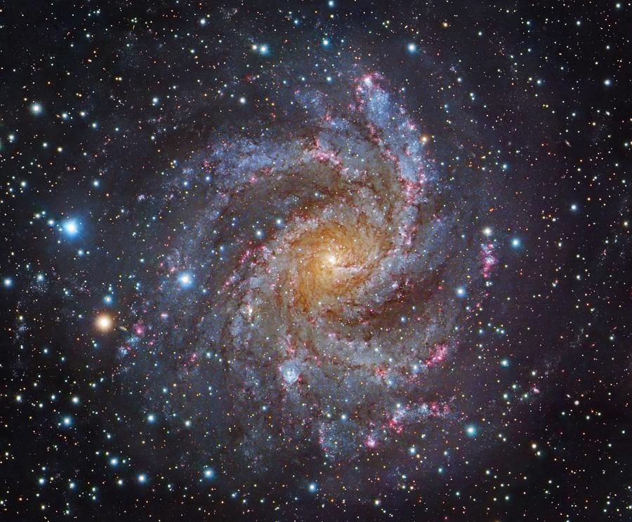 037 - FEBRUAR - 2018. NGC6946-Subaru-Gendler900c