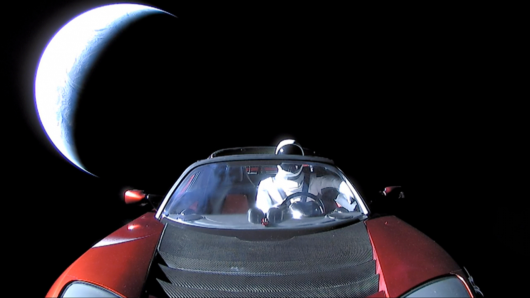 037 - FEBRUAR - 2018. Starman_SpaceX1067