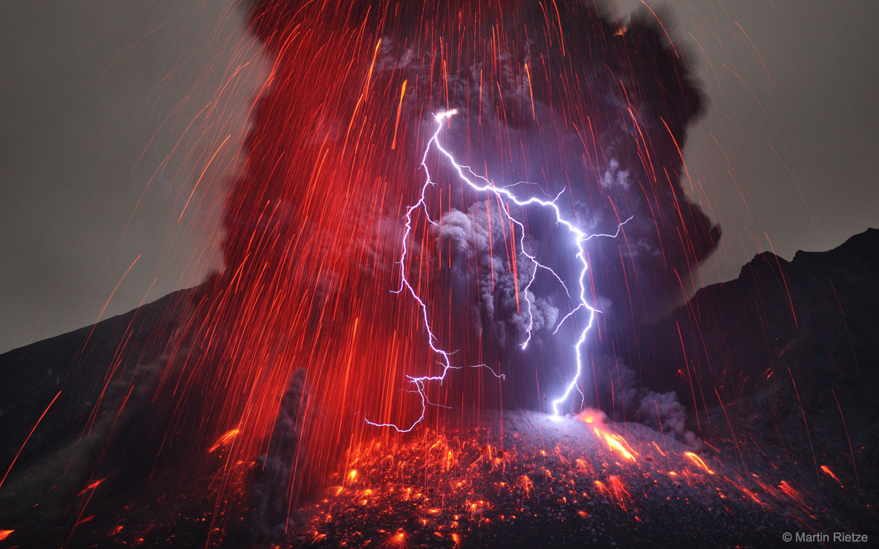 2018 May 13 - Sakurajima Volcano with Lightning