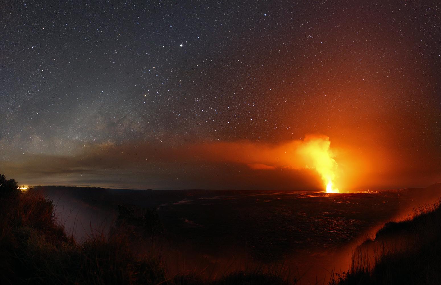 [ASTRONOMIA]   Jupiter Season, Hawaiian Sky