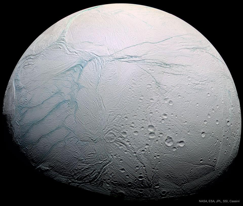 Rayas de tigre en Encelado (Saturno)