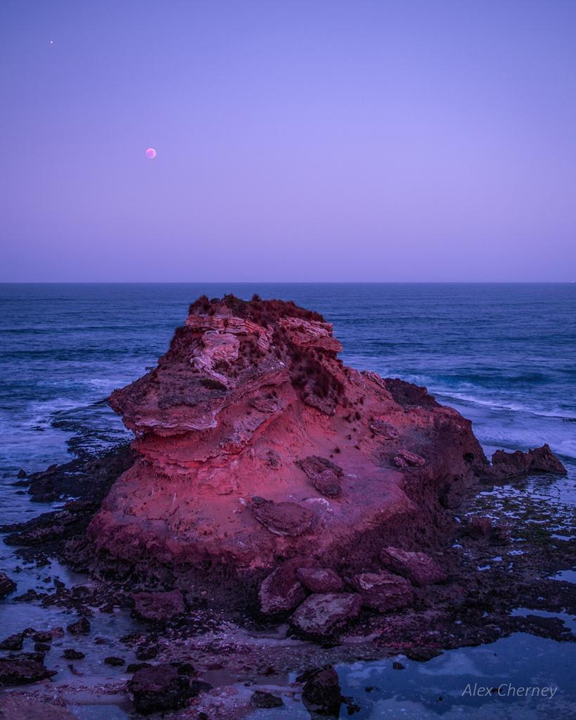 Planeta rojo, Luna roja y Marte
