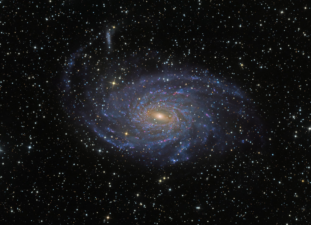 Galaxia espiral NGC 6744