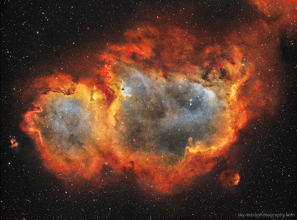 Glowing Elements in the Soul Nebula