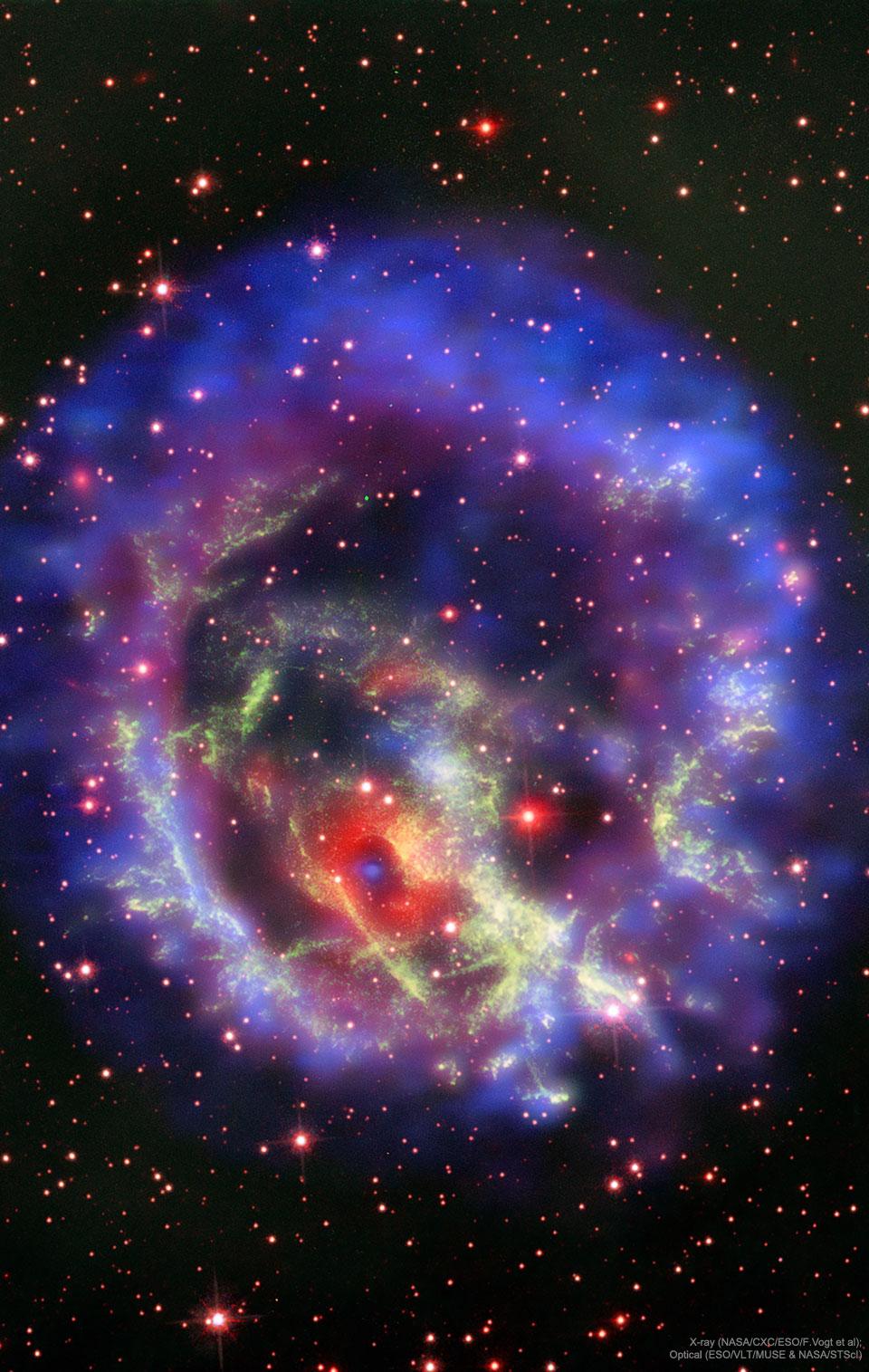 La estrella de neutrones solitaria en Supernova E0102 72.3